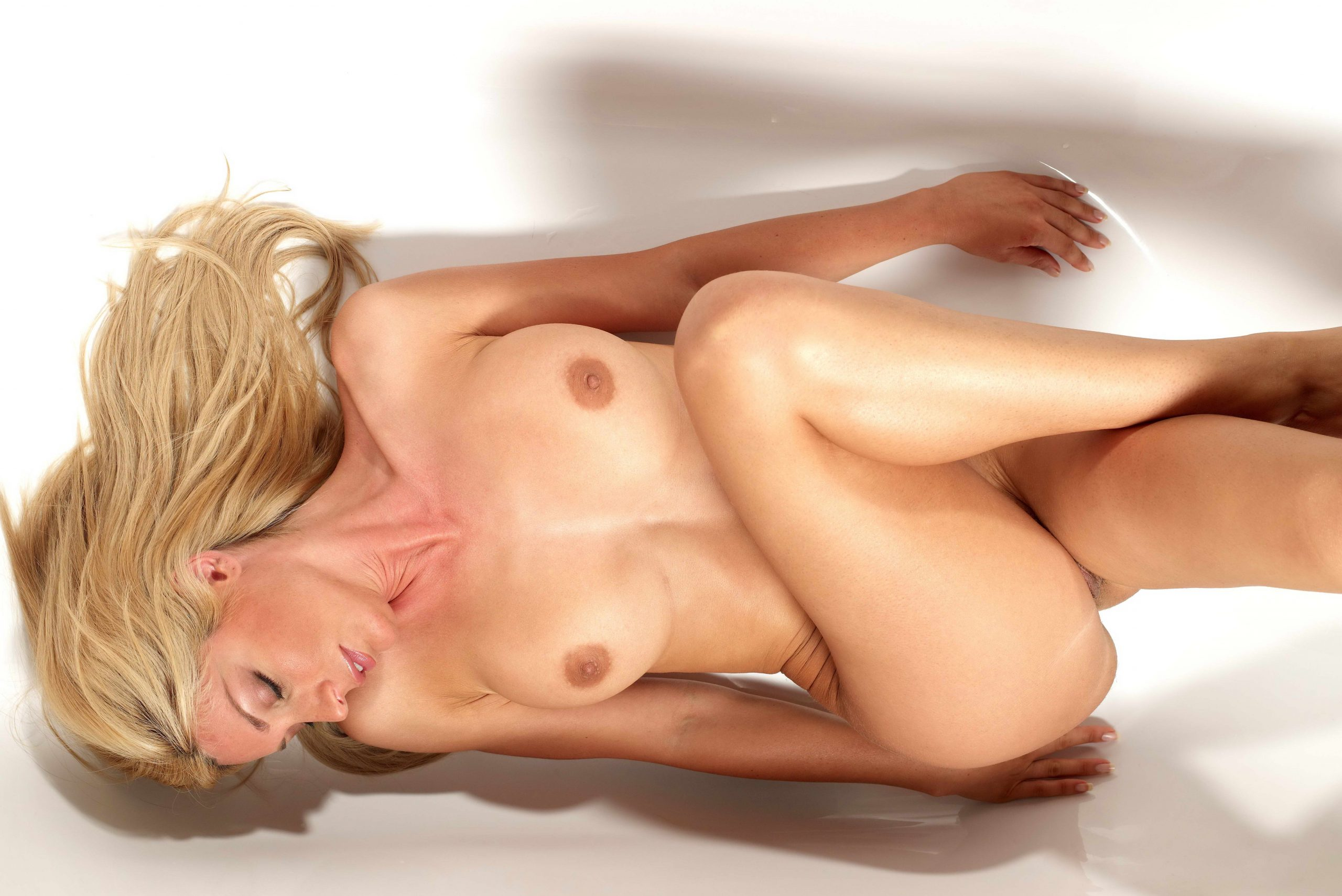 Cheap London Escorts With Long Legs